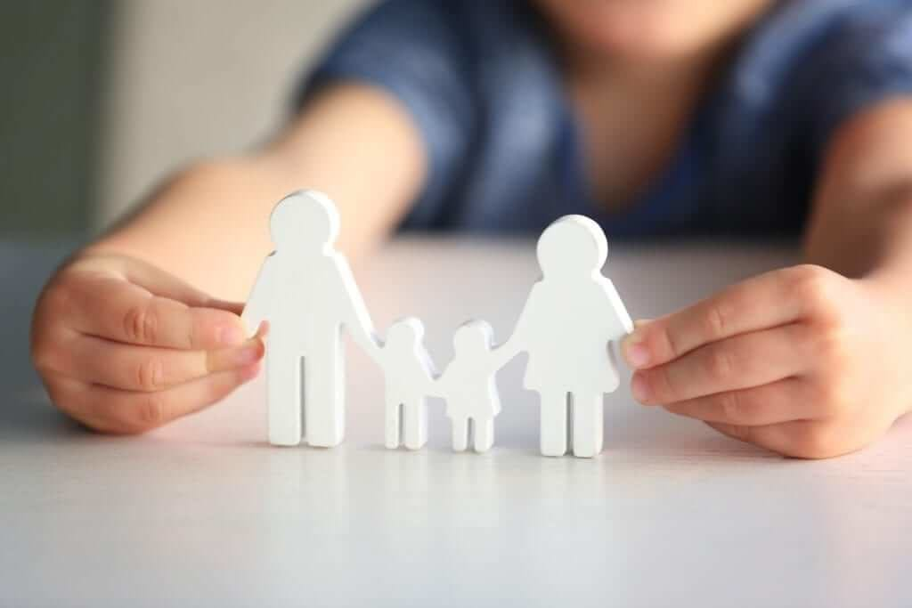 children's paper craft family, dad, mom, daughter